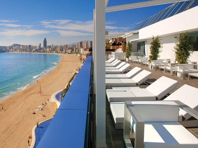 терраса villa del mar Отель бенидорме